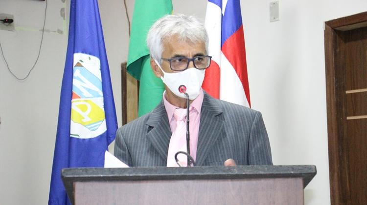 Ponto Novo: Vereador Arnóbio Carneiro cria Projeto de Lei que reduz carga horária de servidores efetivos que tenham filho com dependência